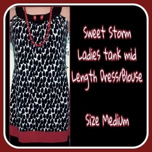Great Holiday Sheath Dress/Sleeveless Shirt Dress